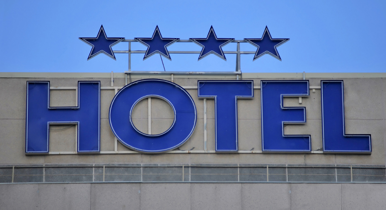 Is the Official Hotel Rating System Sinking into the Past?